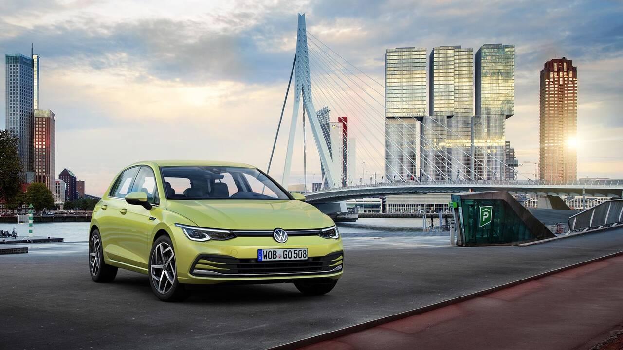 https://cdn.cnngreece.gr/media/news/2019/10/25/195108/photos/snapshot/VW-GOLF-2020-4.jpg