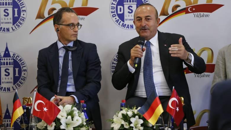 Τσαβούσογλου σε Μάας: Όποιος κάνει τον δάσκαλο στην Τουρκία, να υπολογίζει και σε ανάλογη απάντηση