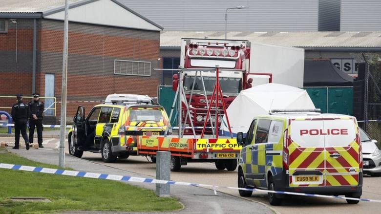 Χτυπούσαν τις πόρτες για να σωθούν: Σοκαριστικές λεπτομέρειες για το «φορτηγό του θανάτου» στο Έσεξ