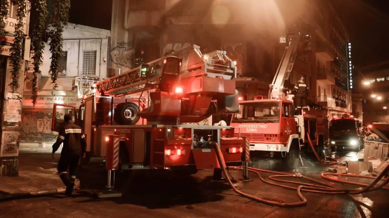 Τα πρώτα σενάρια για την εκδήλωση της πυρκαγιάς σε νυχτερινό κέντρο στην Αθήνα