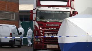 Έσεξ: Το «φορτηγό του θανάτου» ταξίδεψε με άλλες δύο νταλίκες στη Βρετανία