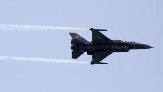 28η Οκτωβρίου: Το μήνυμα του πιλότου του F-16 στη στρατιωτική παρέλαση