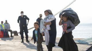 Προσφυγικό: Η κυβέρνηση εν μέσω διασταυρούμενων πυρών