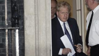 Τζόνσον: Αποδέχθηκε τη νέα αναβολή του Brexit - Επιμένει στις πρόωρες κάλπες