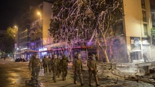«Καζάνι που βράζει» η Χιλή: Αστυνομικό όχημα χτυπά διαδηλωτή και τον εκτοξεύει 50 μέτρα