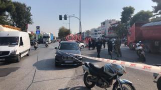 Χαϊδάρι: «Γάζωσαν» άνδρα μέσα στο αυτοκίνητό του
