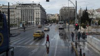 Καιρός: Έρχονται βροχές, καταιγίδες και… τα πρώτα χιόνια