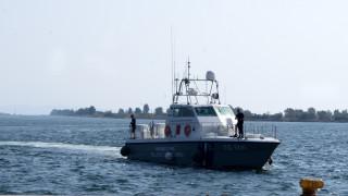 Ιστιοφόρο με 30 πρόσφυγες εντοπίστηκε ανοιχτά των Ψαρών