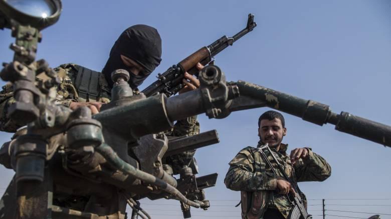 Ωμότητες συμμάχων του Ερντογάν εναντίον αιχμαλώτων Σύρων στρατιωτών