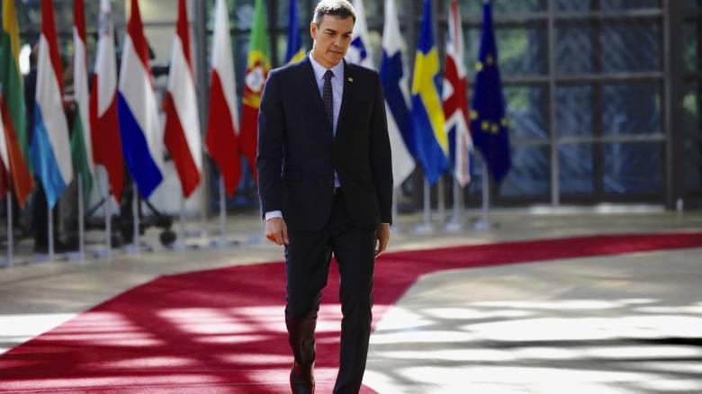Ισπανία: Ανακάμπτει το κόμμα του Σάντσεθ - Άνετη νίκη δείχνει νέα δημοσκόπηση