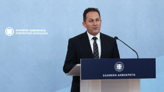 Πέτσας: Υπουργικό Συμβούλιο την Πέμπτη για ψήφο Ελλήνων εξωτερικού και Brexit