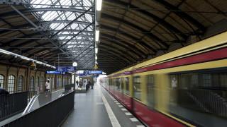 Τον έσπρωξαν στις ράγες του μετρό: Νεκρός ο Ιρανός που προσπάθησε να εμποδίσει επίθεση σε γυναίκα