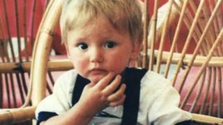 Εξαφάνιση μικρού Μπεν: Απίστευτες καταγγελίες της μητέρας του για την Ελληνική Αστυνομία