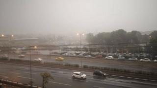 Κακοκαιρία: Αγρίεψε ο καιρός με ισχυρές βροχοπτώσεις