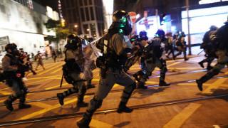 Χονγκ Κονγκ: Χημικά κατά διαδηλωτών εν μέσω εορτασμών για το Χάλογουιν