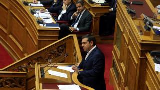 Άσυλο: «Κεντροαριστερός» ο Μητσοτάκης – Ο Τσίπρας σε σκληρή γραμμή
