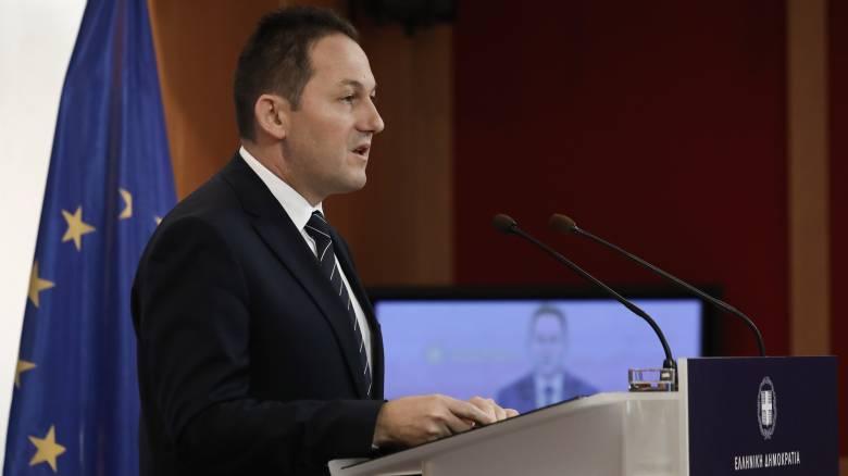Πέτσας: Ο Τσίπρας λέει ψέματα, διαστρέβλωσε τη δήλωσή μου