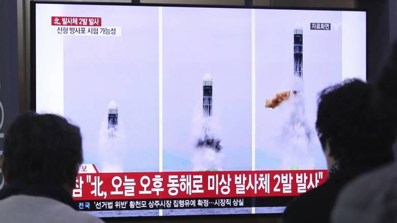 Η Βόρεια Κορέα προχώρησε σε νέα δοκιμή εκτοξευτήρα πολλαπλών πυραύλων