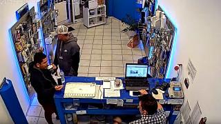Θεσσαλονίκη: Δείτε καρέ - καρέ πώς επιτήδειοι κλέβουν κατάστημα στον Εύοσμο