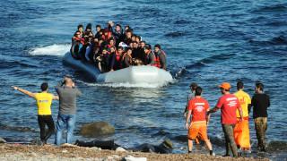 Μέρες του 2015: 323 αφίξεις στη Μυτιλήνη σε μία μέρα - 15.000 στη Μόρια