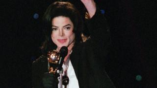 Και οι νεκροί θησαυρίζουν: Πόσα εκατομμύρια έβγαλε ο Μάικλ Τζάκσον πέρυσι;