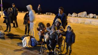 Μυτιλήνη: Σε εξέλιξη επιχείρηση μετακίνησης 815 αιτούντων άσυλο