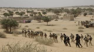 Μάλι: Δεκάδες νεκροί σε «τρομοκρατική επίθεση»