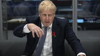 Brexit: Ο Μπόρις Τζόνσον εγκαταλείπει την απειλή για αποχώρηση χωρίς συμφωνία