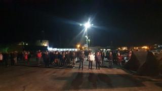 Κως: Ένταση στο λιμάνι - Δήμαρχος και κάτοικοι εμπόδισαν την άφιξη μεταναστών