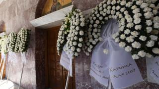 Γιάννης Σπανός: Πλήθος κόσμου στην κηδεία του μουσικοσυνθέτη