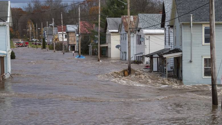 Ισχυρή θύελλα στον Καναδά με δύο νεκρούς