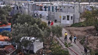 «Ασφυξία» στα νησιά, επεισόδια στην ηπειρωτική χώρα και έκκληση για… εθνική συναίνεση