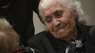 Στιγμές συγκίνησης: 92χρονη από τη Βέροια συναντά την εβραϊκή οικογένεια που έσωσε από τους Ναζί