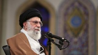 ΗΠΑ: Κυρώσεις σε εννέα άτομα που συνδέονται με τον πνευματικό ηγέτη του Ιράν