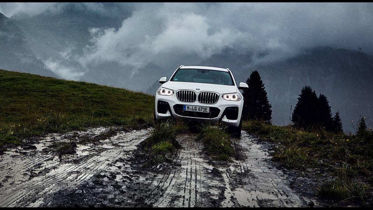 https://cdn.cnngreece.gr/media/news/2019/11/05/196322/photos/snapshot/BMW-X3-XDRIVE30e-9.jpg