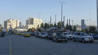 Τι σχεδιάζει η κυβέρνηση για την αντικατάσταση των «γηρασμένων» οχημάτων