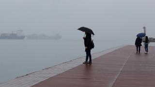Καιρός: Βροχές και καταιγίδες σήμερα - Δείτε πού θα «χτυπήσουν»