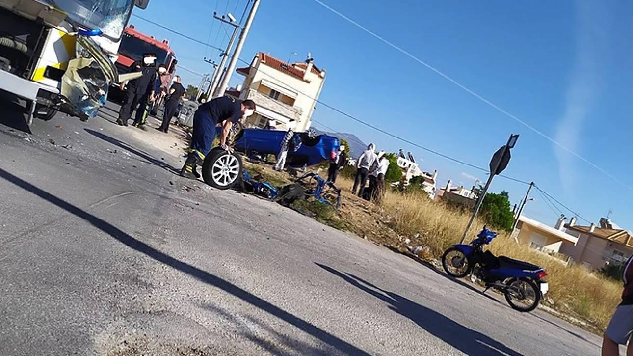 Σοβαρό τροχαίο με λεωφορείο και Ι.Χ. στο Μενίδι – Ένας τραυματίας