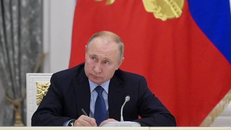 Πούτιν: Η Ρωσία διαθέτει μοναδικά όπλα αλλά όχι για να απειλεί