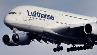 Η Lufthansa ακυρώνει 1.300 πτήσεις λόγω απεργίας του προσωπικού καμπίνας