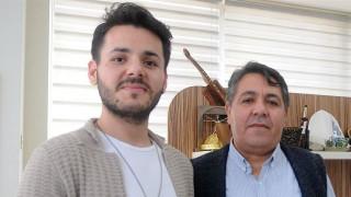 Σπουδαστής της όπερας δώρισε το ήπαρ του στον πατέρα του με κίνδυνο να χάσει τη φωνή του