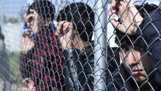 Η «καυτή πατάτα» του προσφυγικού και ο «πόλεμος» δηλώσεων μεταξύ Ν.Δ. - ΣΥΡΙΖΑ
