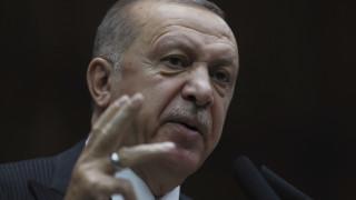 Ερντογάν: Οι ΗΠΑ δεν τηρούν τη συμφωνία για την απόσυρση των Κούρδων από τη Συρία