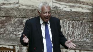 Υπόθεση Novartis: Πολιτικό πρόσωπο κατονόμασε ο Πικραμμένος - Στη Βουλή η δικογραφία