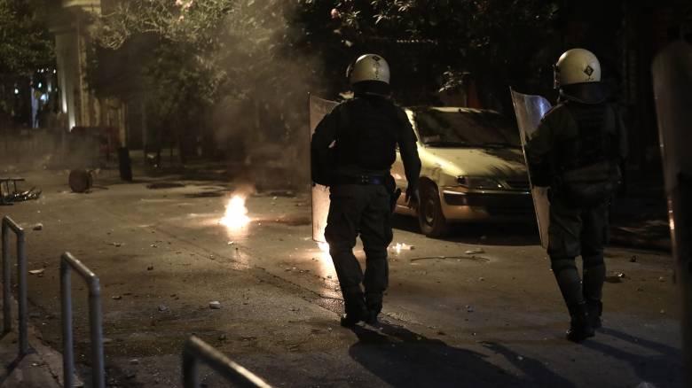 Μέλος του Ρουβίκωνα συνελήφθη για επίθεση σε αστυνομικούς στα Εξάρχεια