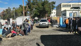 Διαβατά: Επιχείρηση της αστυνομίας στο κέντρο προσφύγων μετά την αιματηρή συμπλοκή