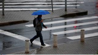 Καιρός: Άστατος με βροχές και καταιγίδες το Σάββατο