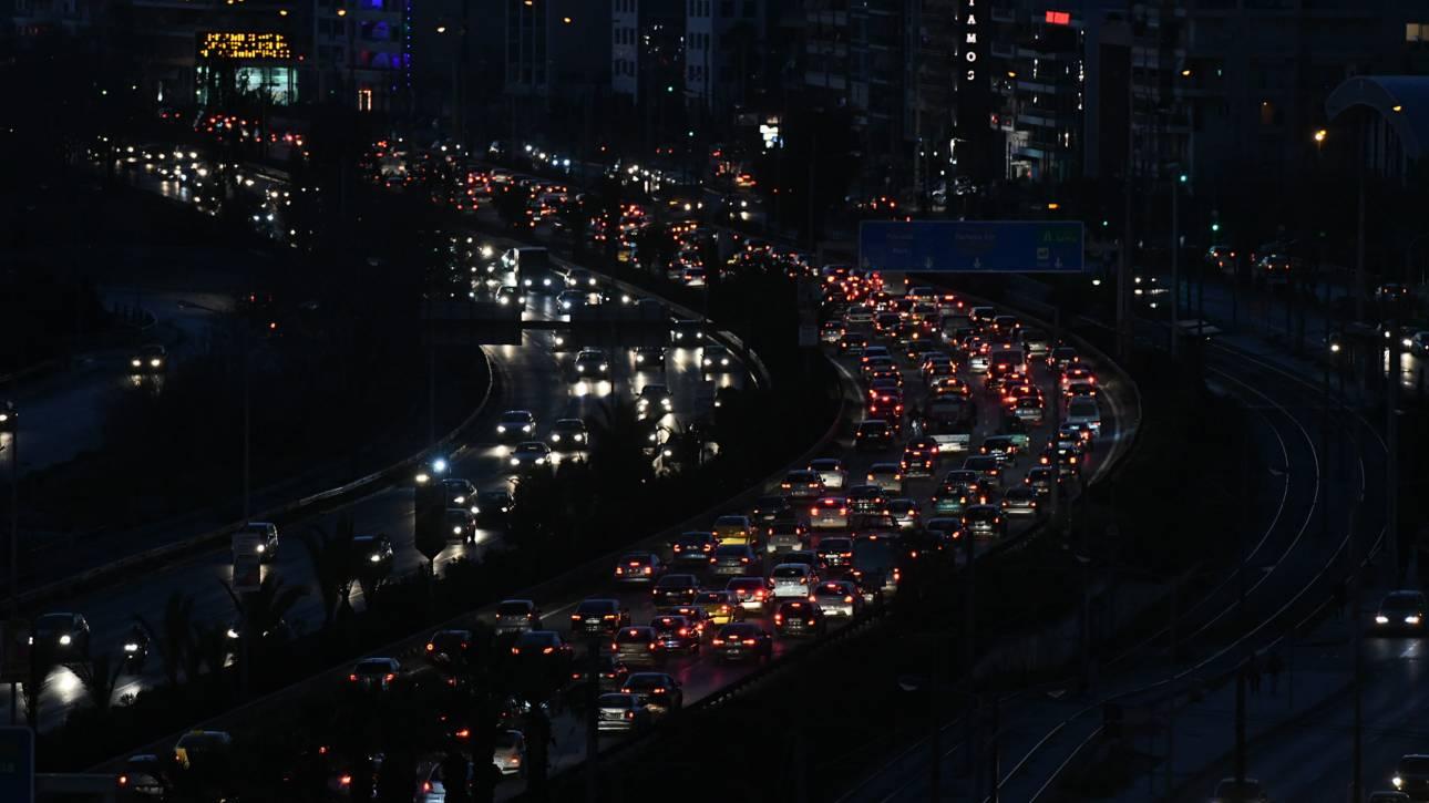 Μποτιλιάρισμα στους δρόμους της Αθήνας – Σε ισχύ κυκλοφοριακές ρυθμίσεις για τον Μαραθώνιο