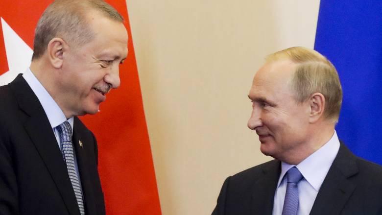 Ερντογάν και Πούτιν επιβεβαίωσαν τη δέσμευσή τους στη συμφωνία για τη Συρία