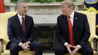 Ο Ντόναλντ Τραμπ θα υποδεχτεί τον Γενς Στόλτενμπεργκ στον Λευκό Οίκο